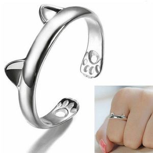 2 LEFT 🐈 NWT SILVER-TONE STAINLESS STEEL CAT RING